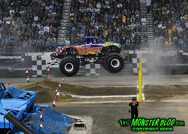 Don't miss the No Limits Grand Nationals and Hot Rod Truck 'n Tractor Pull in the Holt Arena in Pocatello. Featuring Girl Power, Jail Bird, Bigfoot, Ghost Ryder, Illuminator and more!